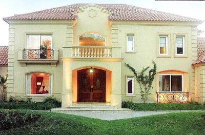 Hermosos-Y-Tradicionales-Diseños-De-Fachadas-De-Casas-Clasicas-grandes