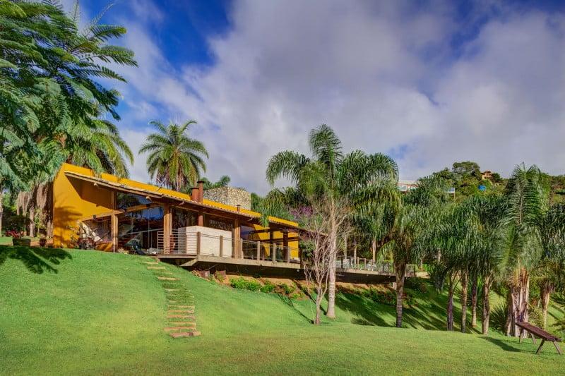 Hermosa vista de la fachada de casa de campo (Fotos: Gustavo Xavier)