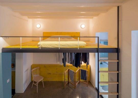 Diseño de cama en el entrepiso (Foto: Nieve / Diseño: Nook Architects)