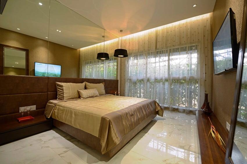 Otro estilo de dormitorio con aspecto clásico, sin embargo, mantiene el mismo tipo de piso que el resto del departamento