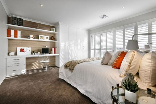 Diseño de dormitorio con estudio pequeño