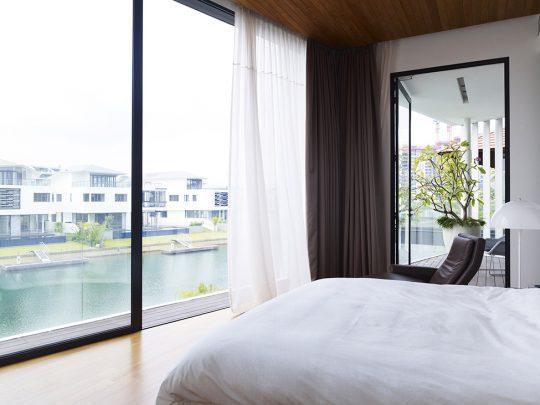 Vista del dormitorio hacia los embarcaderos