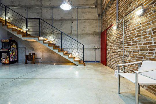 Diseño de interiores estilo industrial aplicado a la sala