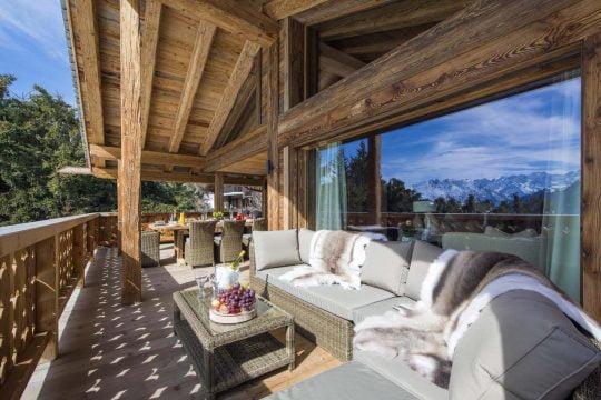 Diseño de terraza rústica moderna