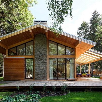 Ampliando las ventanas obtenemos una casa con diseño moderno, incluso manteniendo algunos detalles antes de la remodelación se puede apreciar un cambio