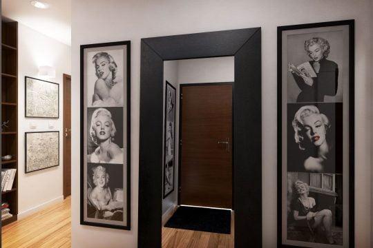 Decoración con cuadros al estilo vintage que armonizan perfectamente con el color de las paredes y los pisos