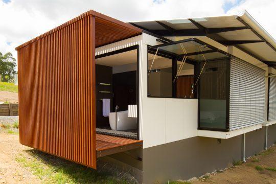 Diseño de casa moderna en terreno largo y angosto | Constructora Paramount