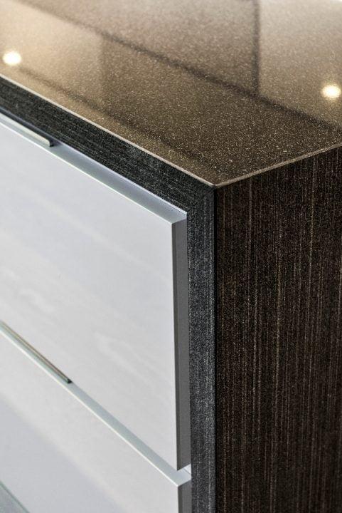 Detalle de muebles de cocina moderna