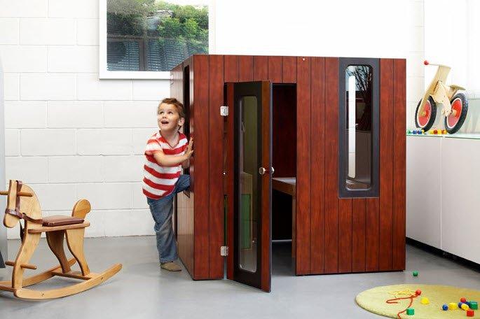 Un modelos más pequeño del que hemos visto en la parte superior, puede ingresar dentro del dormitorio de los niños