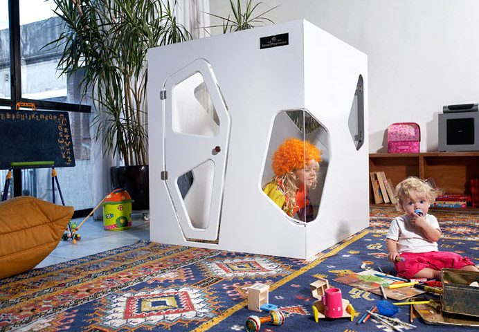 Un diseño más pequeño del modelo que hemos visto arriba, ideal para ponerlo dentro de la casa