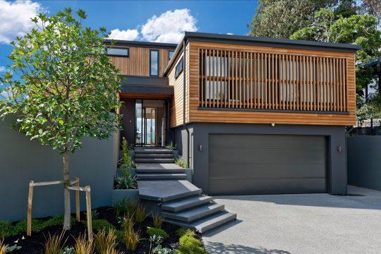 Fachada principal de la casa – Diseño: Creative Arch | fotos: Andy Chui