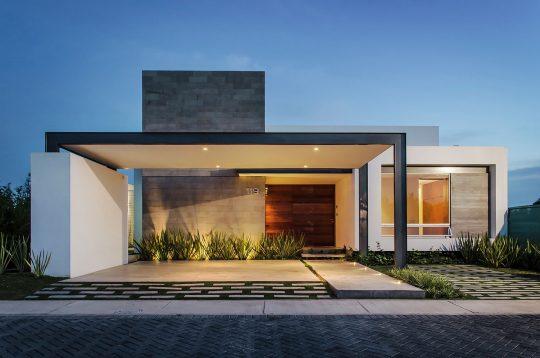 Diseño de casa moderna de un piso con tres dormitorios | Constructora Paramount