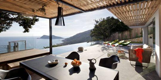 Casa de dos pisos en la playa | Constructora Paramount