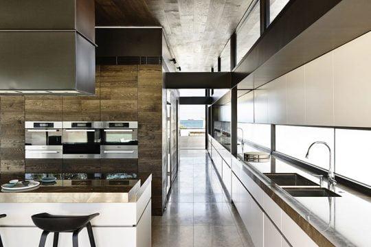 Casa De Dos Pisos Con Cuatro Dormitorios Constructora Paramount